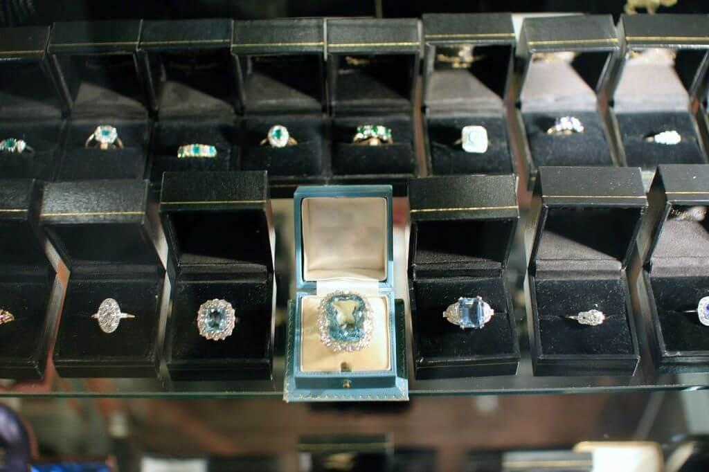 Pick engagement ring